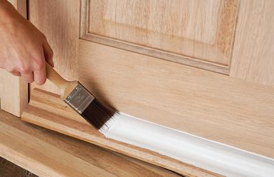 Jak odnowić drzwi w domu?